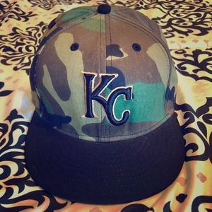 KC camo fitted hat